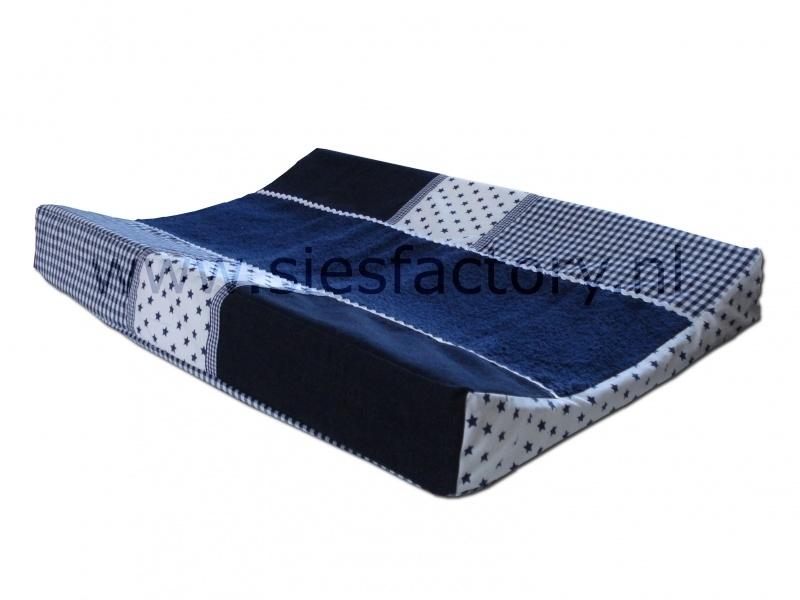 Aankleedkussenhoes donker blauw met spijkerstof en sterretjes
