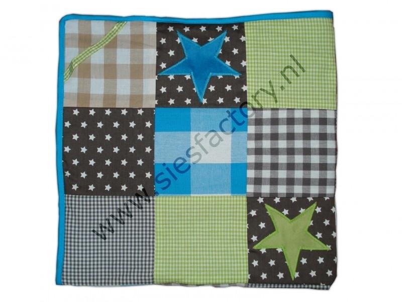 Wikkeldoek aqua (blauw) / groen / bruin / grijs blokken met sterren