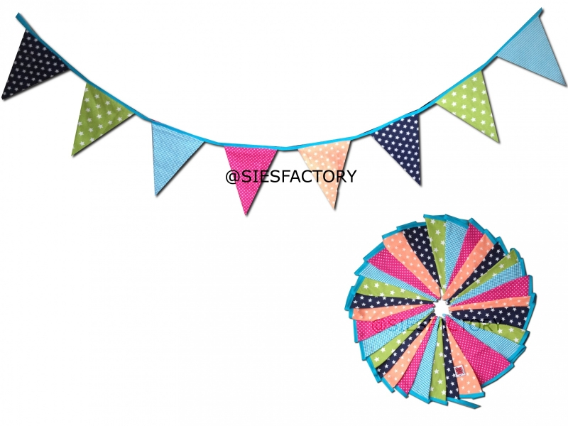 Feestslinger in vrolijke kleuren voor jongens en meisjes groen, blauw, coral en roze