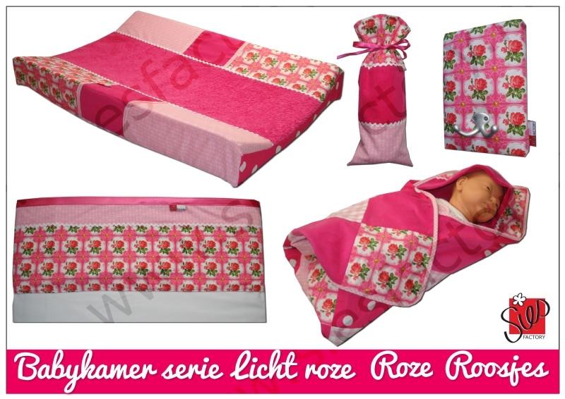 Wikkeldoek licht roze, roze en rozen/roosjes
