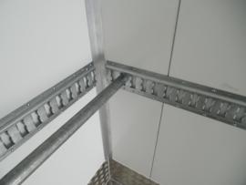 Bindrail 132mm voor spanband en borgstang