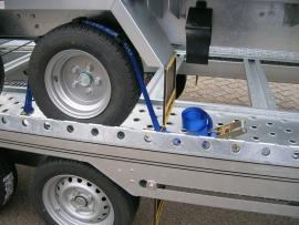 Wielspanband voor autotransport