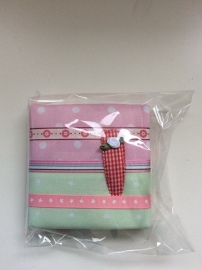 Haarspeldjesbord 10 x 10 cm roze /mint groen