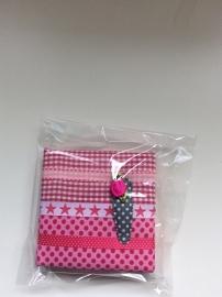 Haarspeldjesbord 10 x 10 cm roze/rood