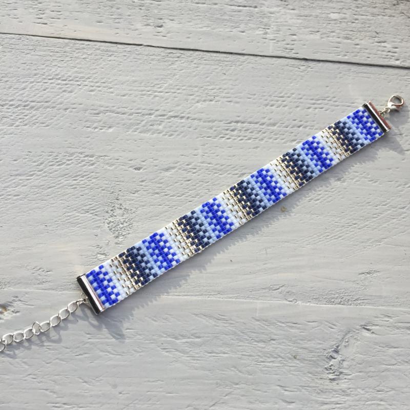 Beads-armbandje Blue with a twist