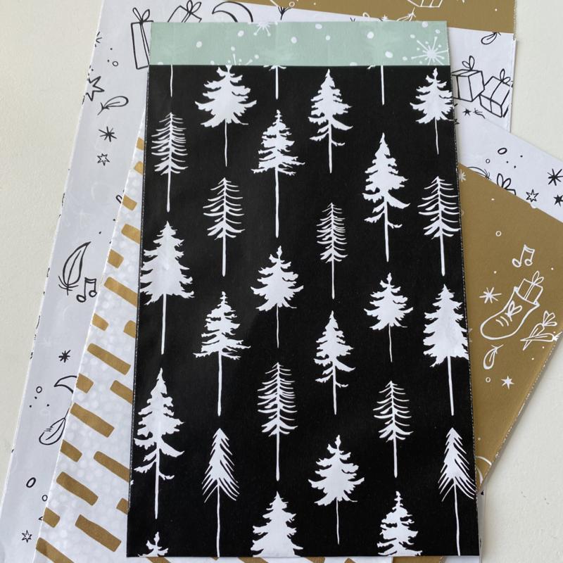 Lovely trees cadeauzakje 12 x 19 cm zwart (per 5)