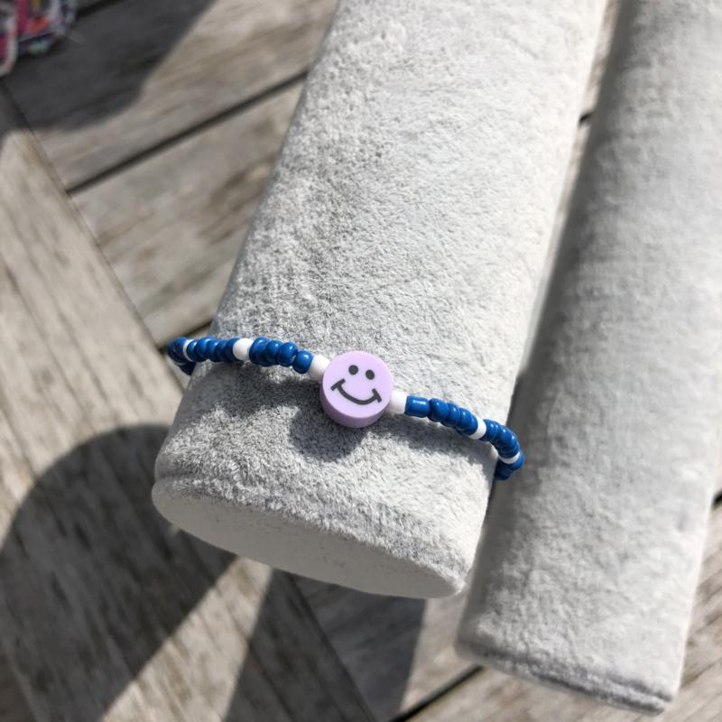 Armbandje blauw-wit smiley