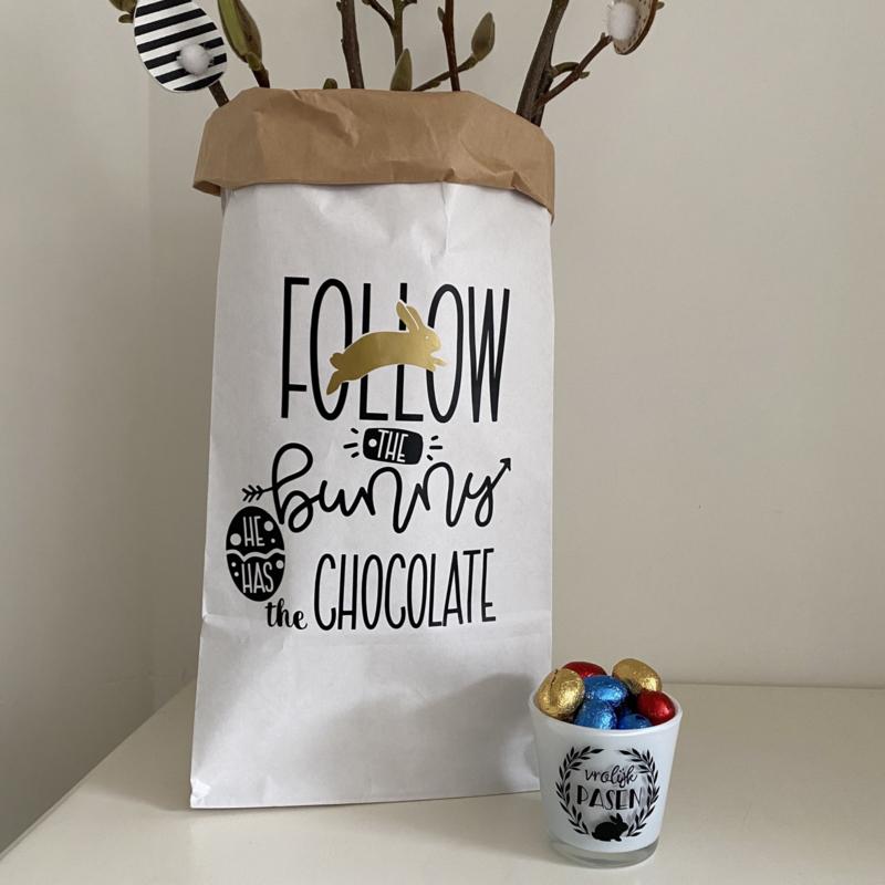 Paper bag  'Follow the bunny' (XS)