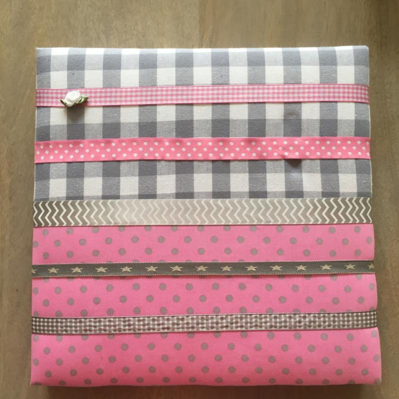 Haarspeldjesbord 30 x 30 cm roze/grijs
