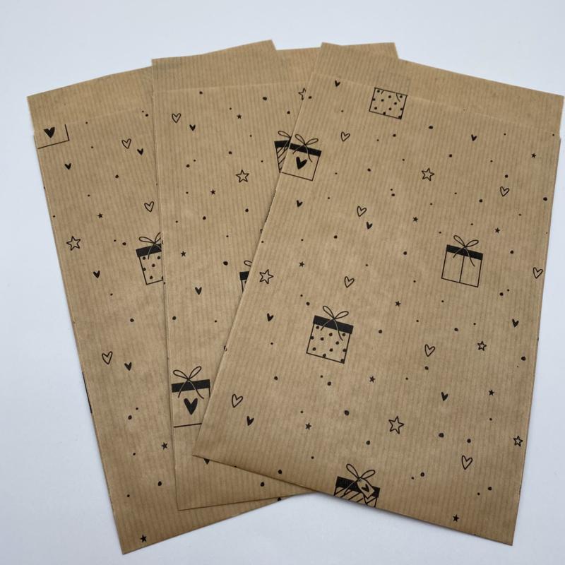 Presents kraft cadeauzakje 12 x 19 cm (per 5)