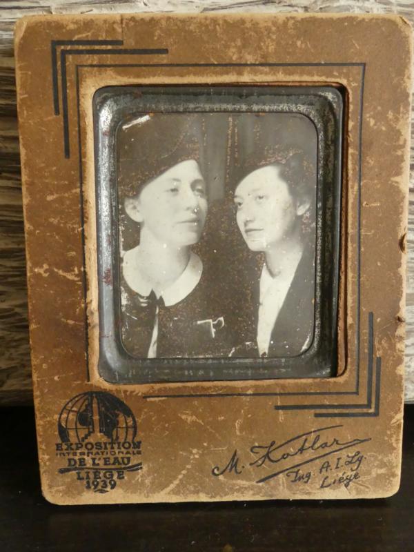 Fotolijstje met foto uit 1939