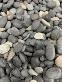25 kg Beach pebbles 8-16 mm Black