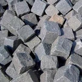 Turks basalt antraciet 8-11 cm breuksteen