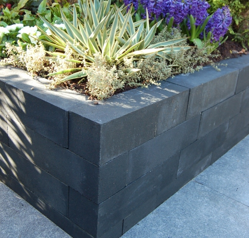 Wallblock new 12x12x60 cm Antraciet