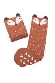 Mama's Feet - Greg the Ginger Fox