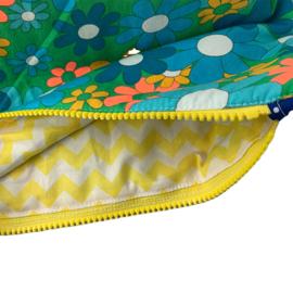 Projectbag Medium, Bloemenprint met gele zigzag voering
