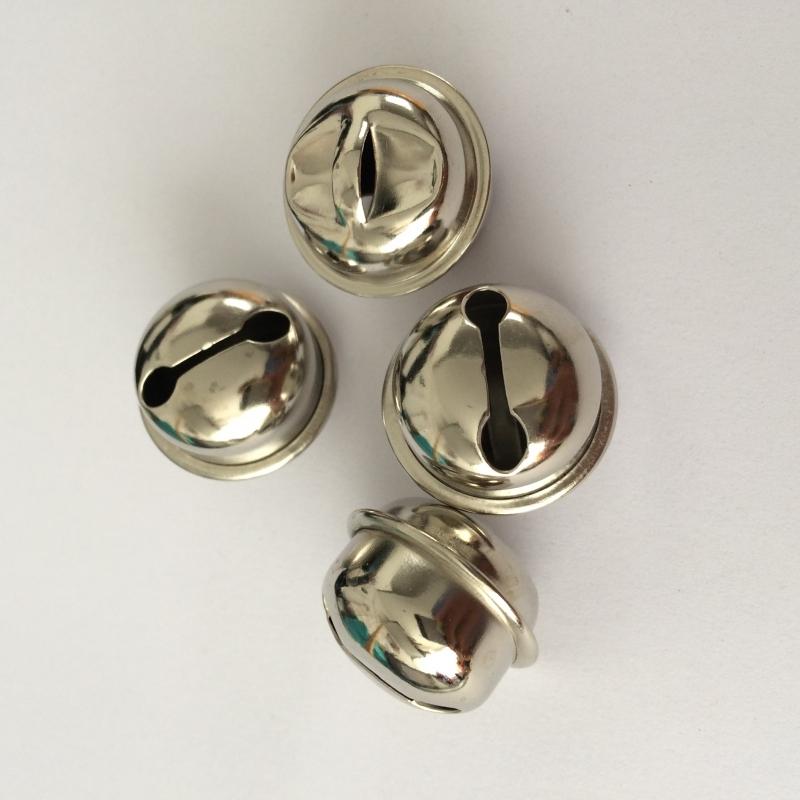 Belletjes, 13 mm zilverkleurig