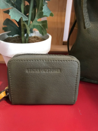 Hudson Wallet Buff Washed Ivy Green 20307