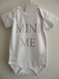 "Romper ""Mini me"""