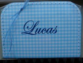 """Koffertje met naam """"Lucas"""""""