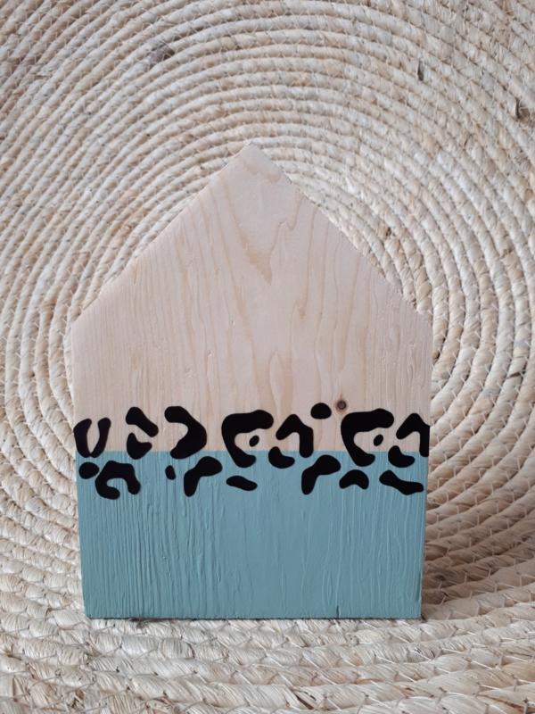 Huisje met panterprint
