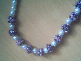 Collier Pinch Beads fait par Hanny