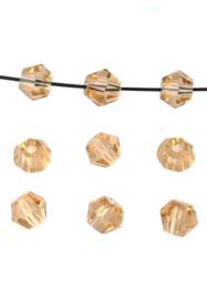 Bicones lichtTopaas Facet 4mm / 100 stuks / KD20019