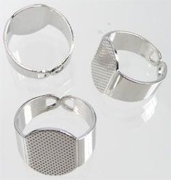 Support bague métal réglable Ovale  / K128
