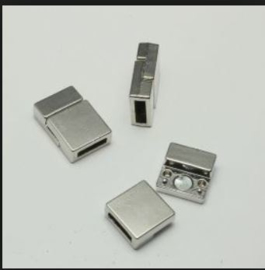 Magnetische sluiting  22mm x 13mm/ per stuk / KD400