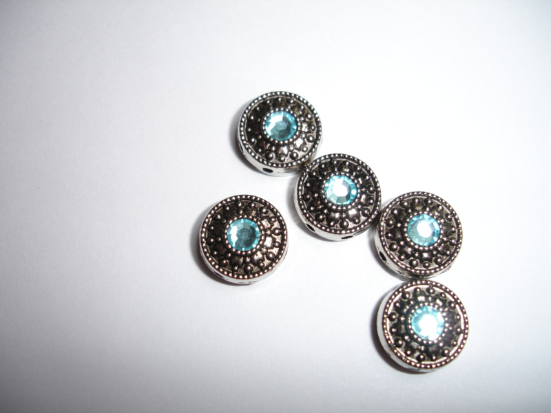 Diffuseur avec des facettes 2 trous Bleu Claire /  5 pièces / KD1005