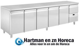 L2/5 - Koelwerkbank Gastro 1/1 - 5 DEUREN + neutrale lade Afmetingen: (L) 2625 X (B) 700 X (H) 850 TOPCOLD