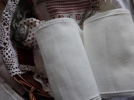 V&H Borduurband Off-White met Kant randje 20 cm