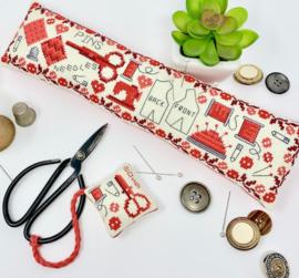 TinyModernist - Vintage Sewing Set