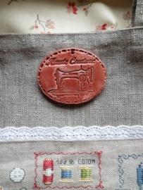 EDC Faïence Médaillon ovale Machine à coudre Rouge