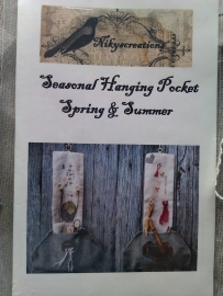 Seasonal Hanging Pocket Spring & Summer