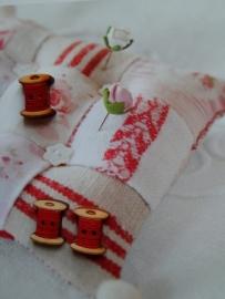 Embroidery Klosje rood