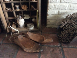 Brocante mal-schoenen