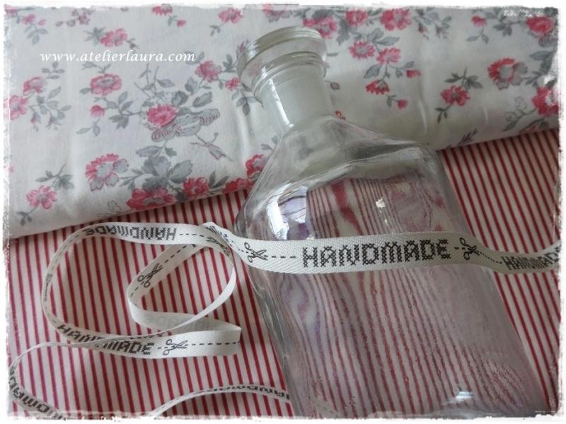 "Acufactum Bandje ""Handmade"" Creme-Grijs"
