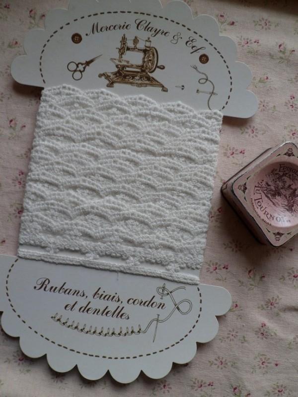 Clayre & Eef Grote kaart LI064XL Geschulpt klein bloemetjes kant