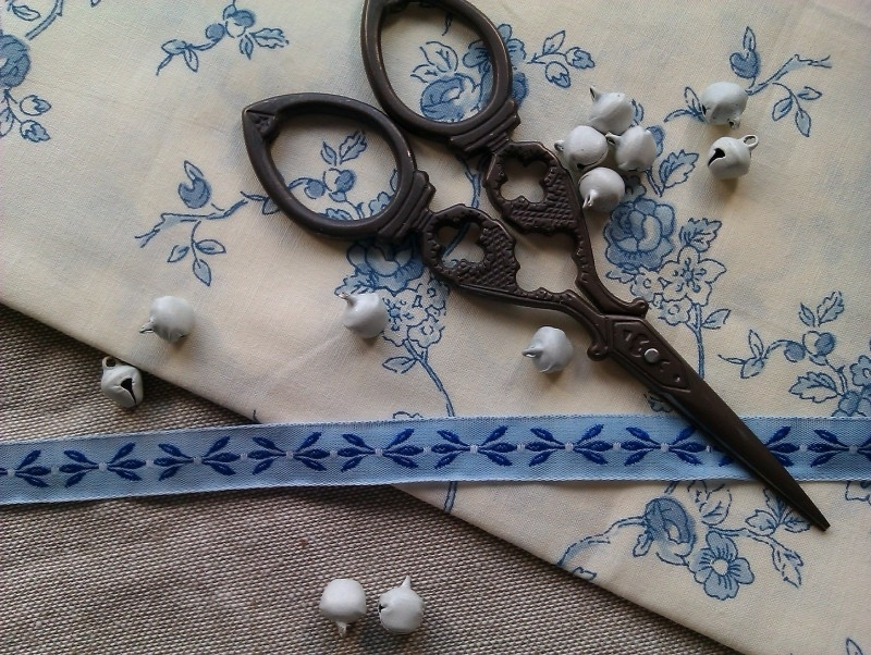 Acufactum Blätterranke Blau