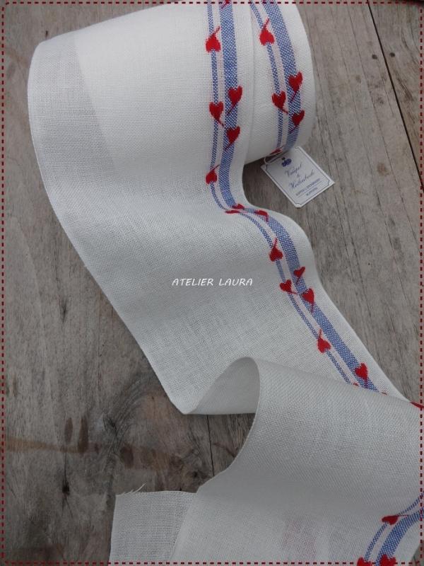 V&H Borduurband Gebleekt met hartjes rand 14 cm