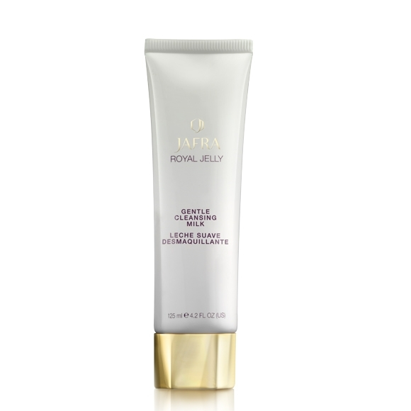Royal jelly gentle cleaning milk - 18315