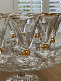 Franse glazen met goudkleurige rand
