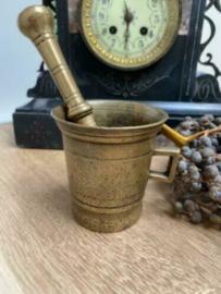 Antieke vijzel brons met 1 handvat