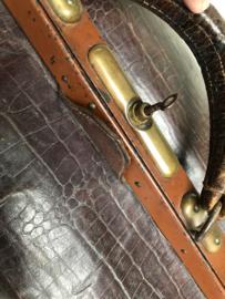 Antieke dokterstas met sleuteltje