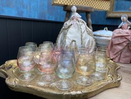 Frans gekleurde glazen