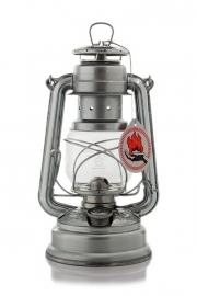 lantaarns en olielampen (Petromax / Feuerhand )