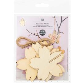 3 houten bloemen hangers