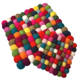 Onderzetter viltballetjes vierkant