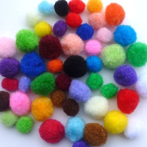 Pompons assorti 1,5-2 cm